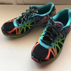 Asics Shoes - ASICS Gel Noosa Tri